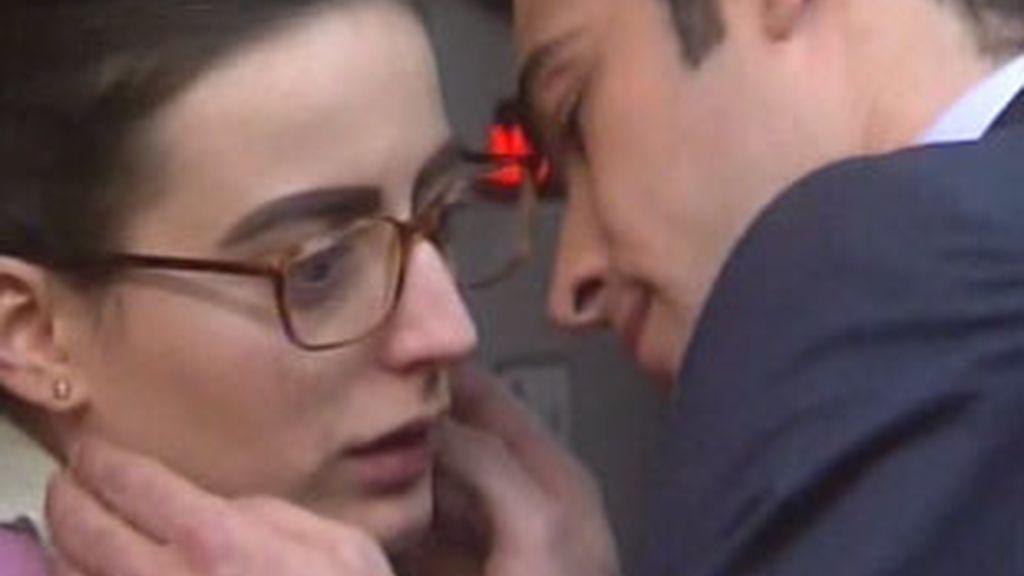 Besos en el ascensor