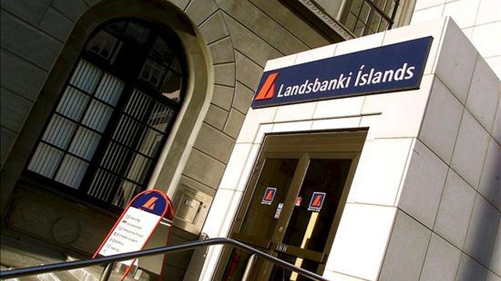 Las oficinas principales del banco islandés Landsbanki en Reikiavik. EFE/Archivo