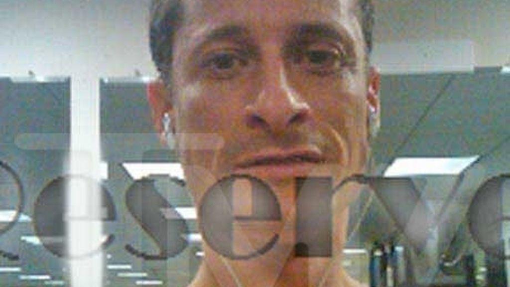 Nuevas fotos subidas de tono del congresista demócrata Weiner