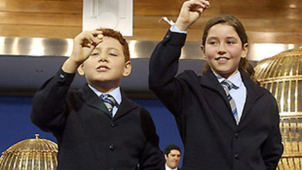 Los niños de San Ildefonso, cantando un premio el año pasado. FOTO: Archivo.
