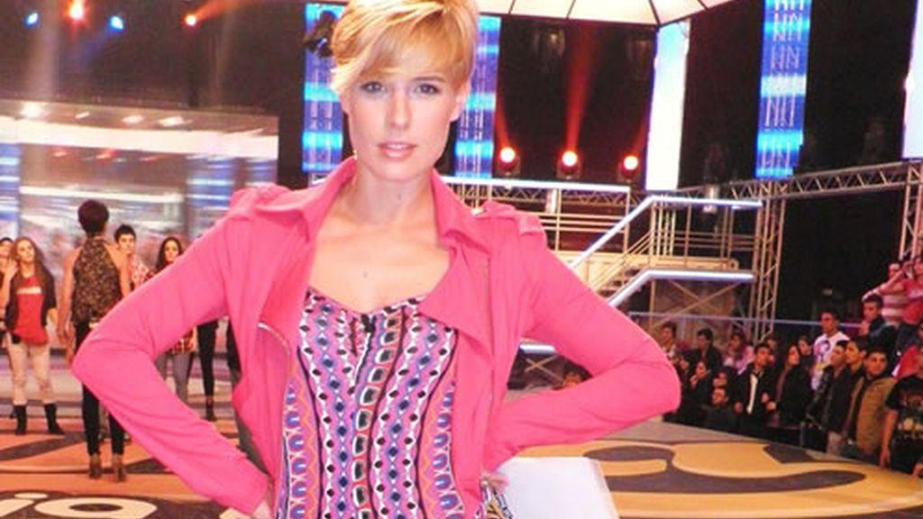 Look moderno de Tania Llasera