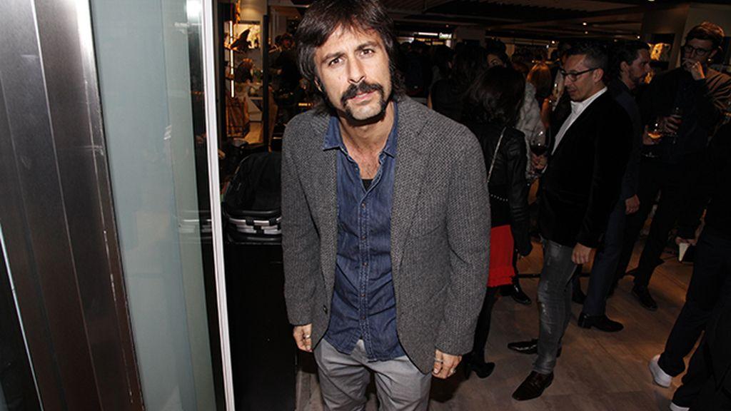 Hugo Silva a su llegada al nuevo espacio de El Corte Inglés dedicado a la moda masculina