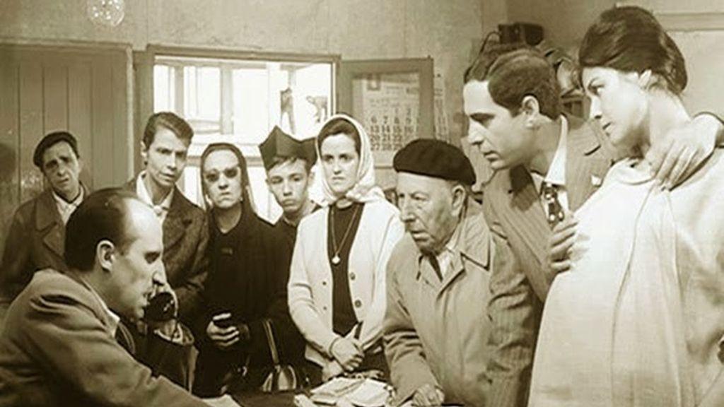 """En """"El Verdugo"""" (1963)"""