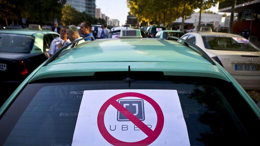 Protesta de taxistas lisboetas contra Uber