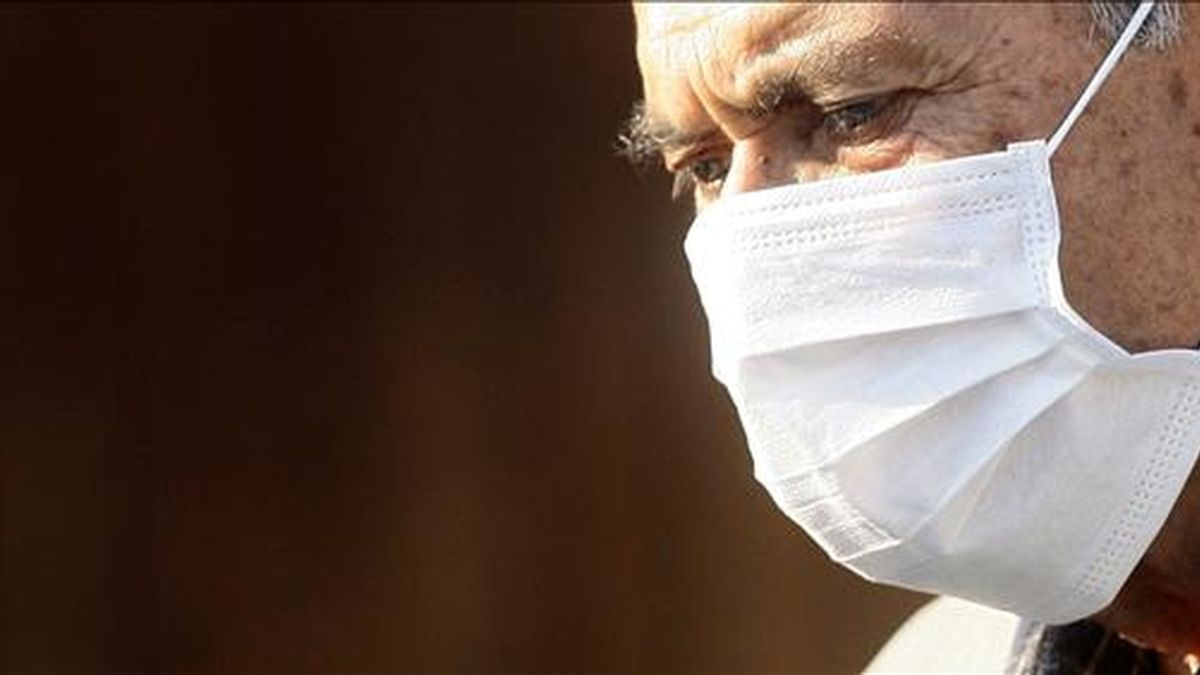 En Chile el número de afectados asciende ya a 313, cuatro de los cuales están graves, tres de ellos hospitalizados en Santiago y uno en Puerto Montt. EFE/Archivo