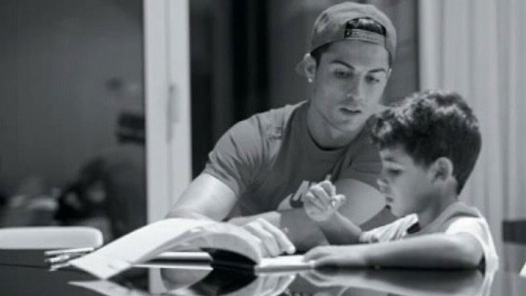 Cristiano Ronaldo hijo