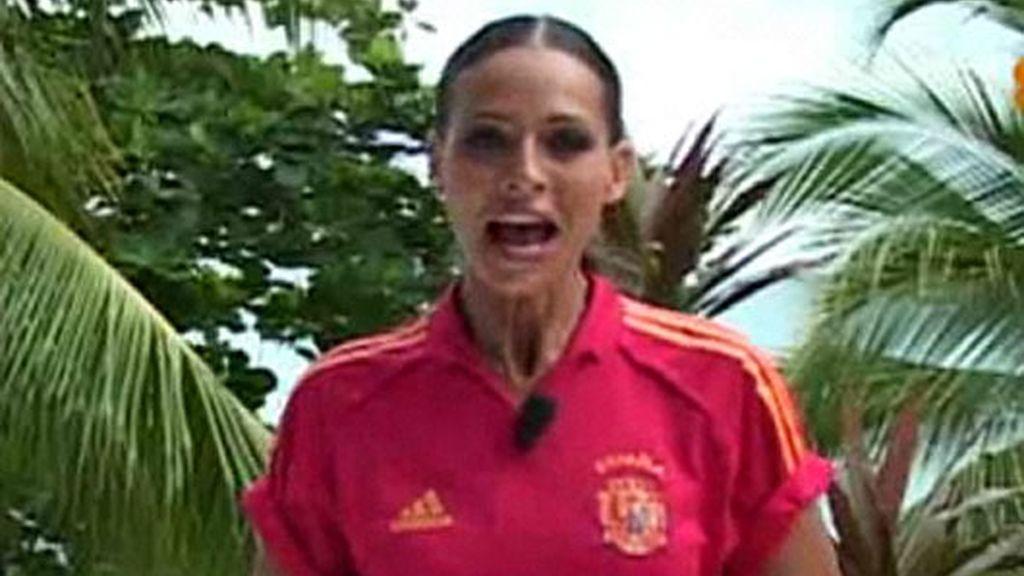 Eva González, con 'La Roja'