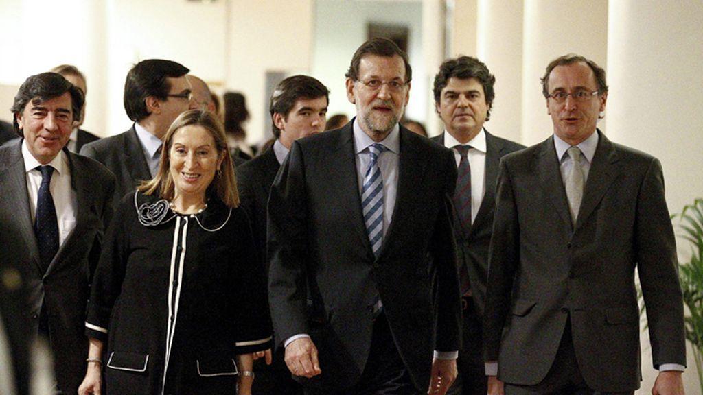 Rajoy preside en el Congreso la reunión de parlamentarios de PP