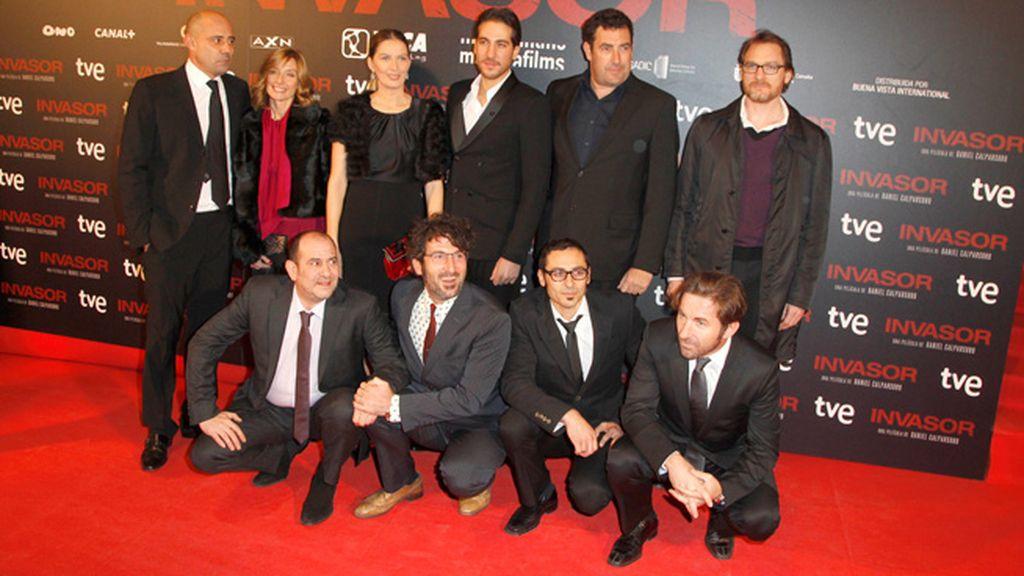 El reparto y el equipo de la película 'Invasor'
