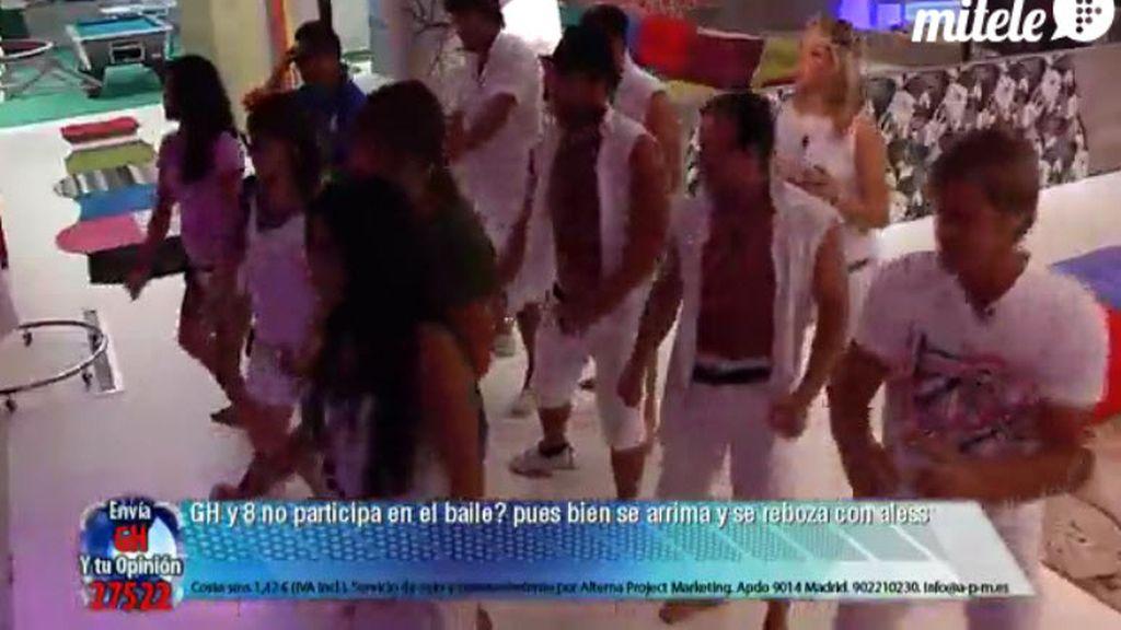 Los concursantes mandaron saludos a Noe durante la fiesta