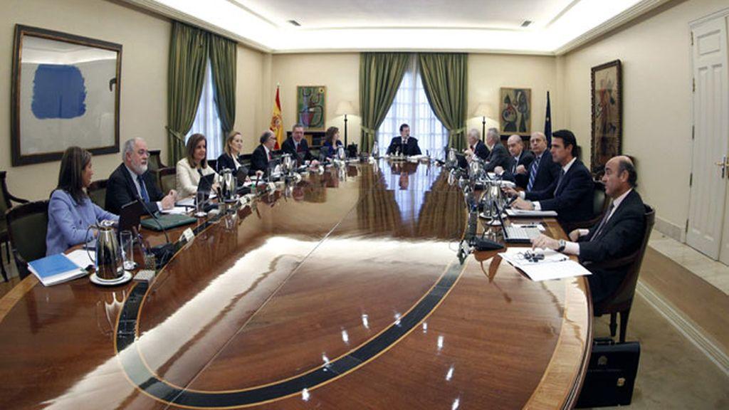 Primer Consejo de Ministros del Gobierno del PP