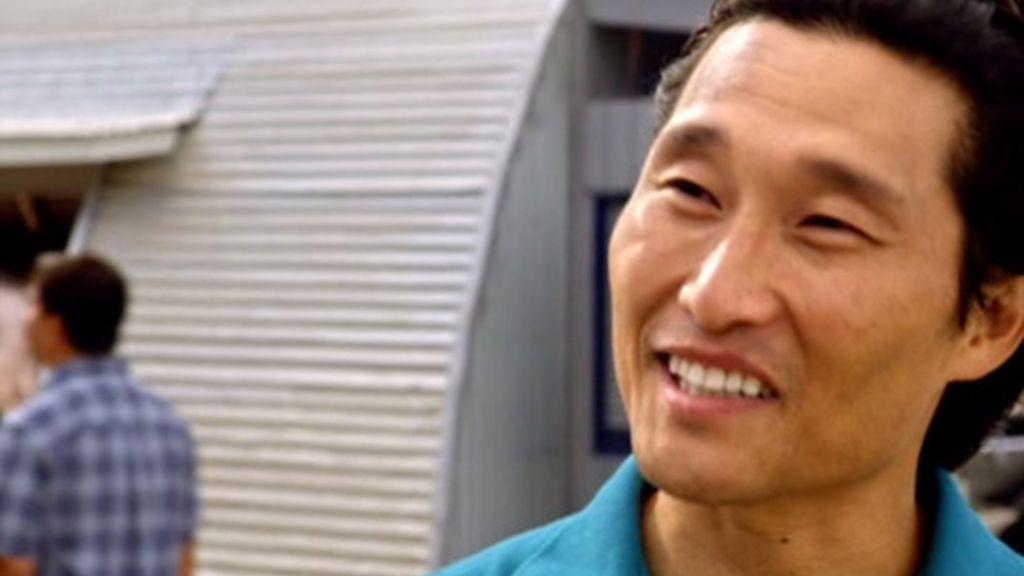 McGarrett se encuentra con Chin Ho, un amigo de su padre
