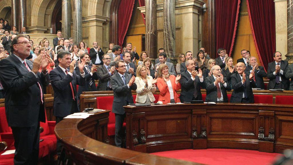 El Parlamento catalán aprueba una consulta de autodeterminación para la próxima legislatura