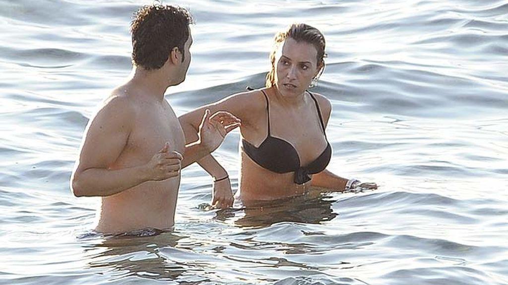 Berta Collado en Ibiza con... otro