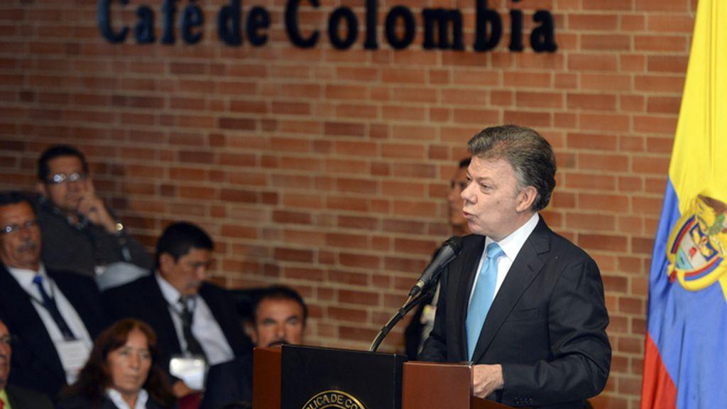 Juan Manuel Santos, presidente de Colombia en un acto con cafeteros.