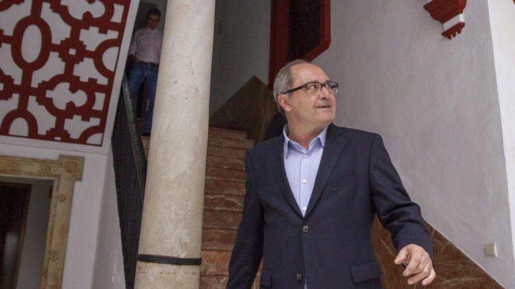 """El PSOE asegura que el pacto con IU en Andalucía """"sale fortalecido"""""""