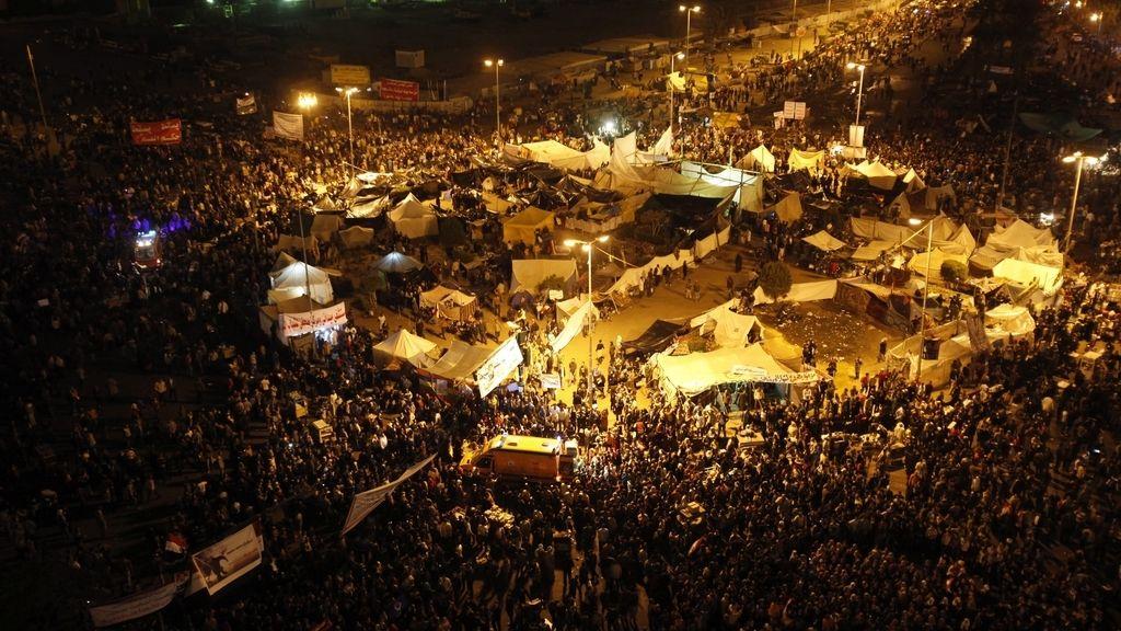 El Ejército encarga a un primer ministro de Mubarak formar el nuevo Gobierno