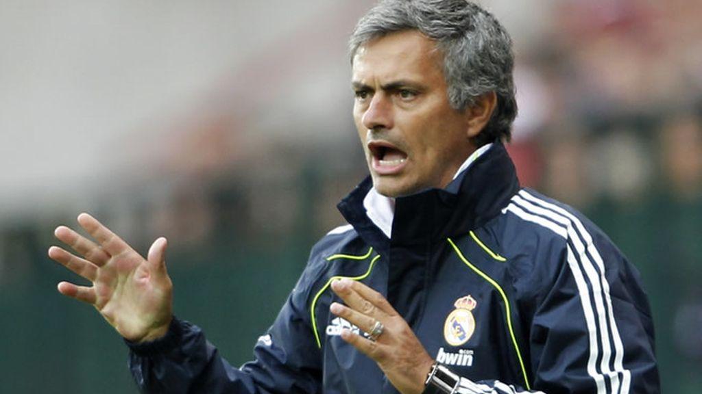 Mourinho alaba el fichaje de Ozil