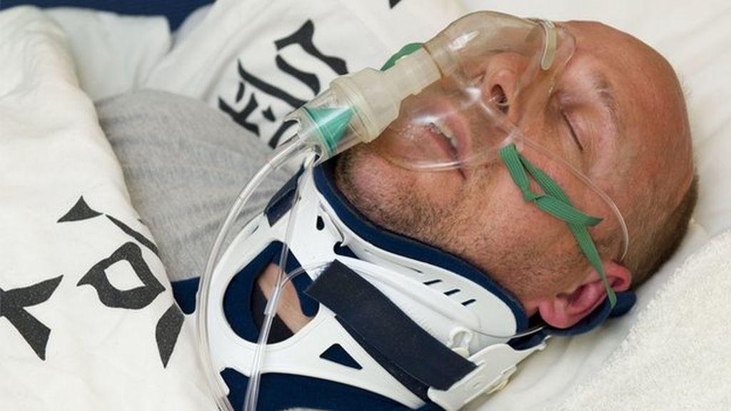 Simula estar dos años en coma y tetrapléjico para evadir un juicio