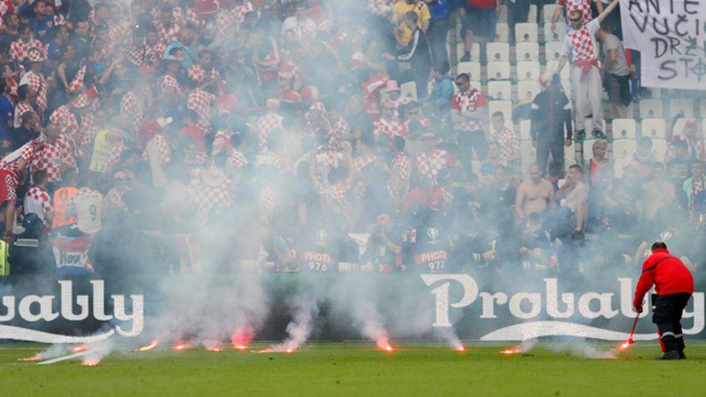 Los jugadores croatas piden calma a su afición