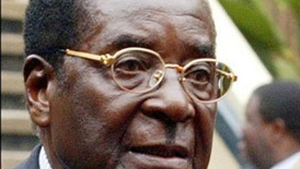 Imagen de archivo del presidente Robert Mugabe. Foto: AP.