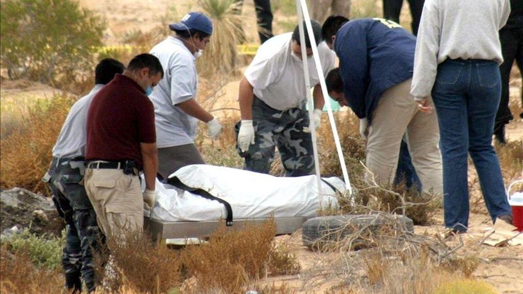 En un comunicado, el Gobierno de Durango señaló que el hallazgo de los 26 cuerpos fue resultado de un operativo de agentes federales y estatales en el barrio Las Fuentes, ubicado en la capital duranguense. EFE/Archivo