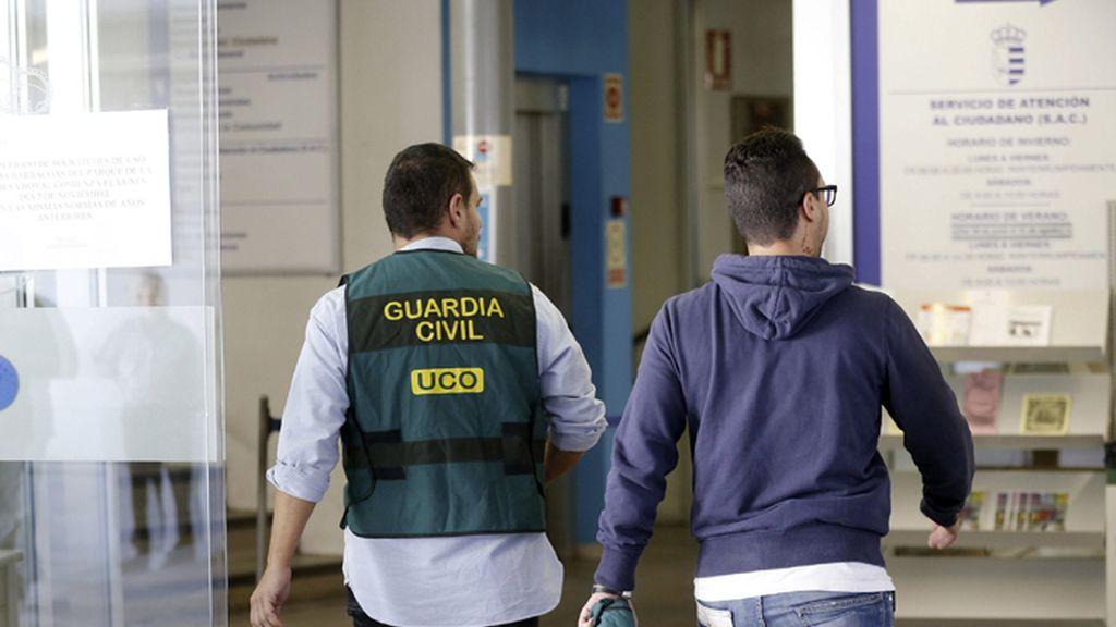 La Guardia Civil registra el ayuntamiento madrileño de Parla