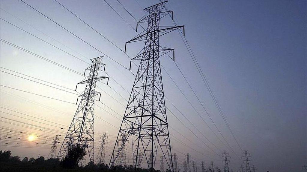 Durante todo 2010 los precios de la energía subieron un 7,7% y los de los alimentos aumentaron un 1,5%. EFE/Archivo