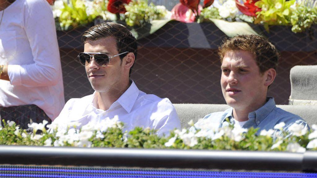 Gareth Bale y un amigo