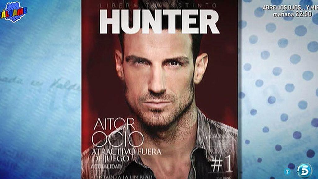 Así de sugerente posa el modelo para la portada de la revista Hunter