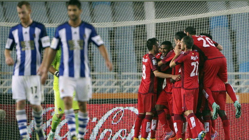 Los jugadores del Getafe celebran el segundo gol del equipo madrileño