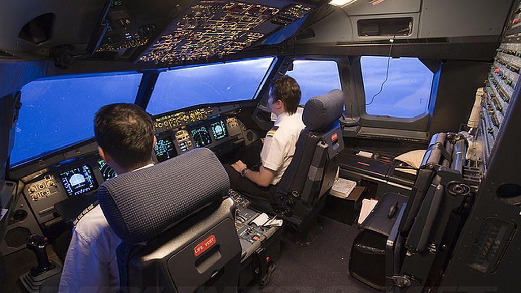 Pilotos, cabina de avión
