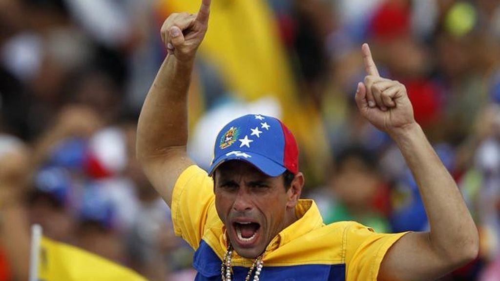 Capriles espera acabar con la época de Hugo Chávez