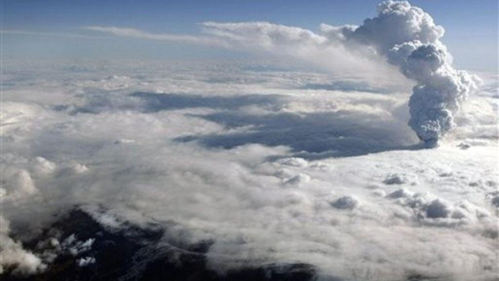 Rerino Unido cierra el tráfico aéreo