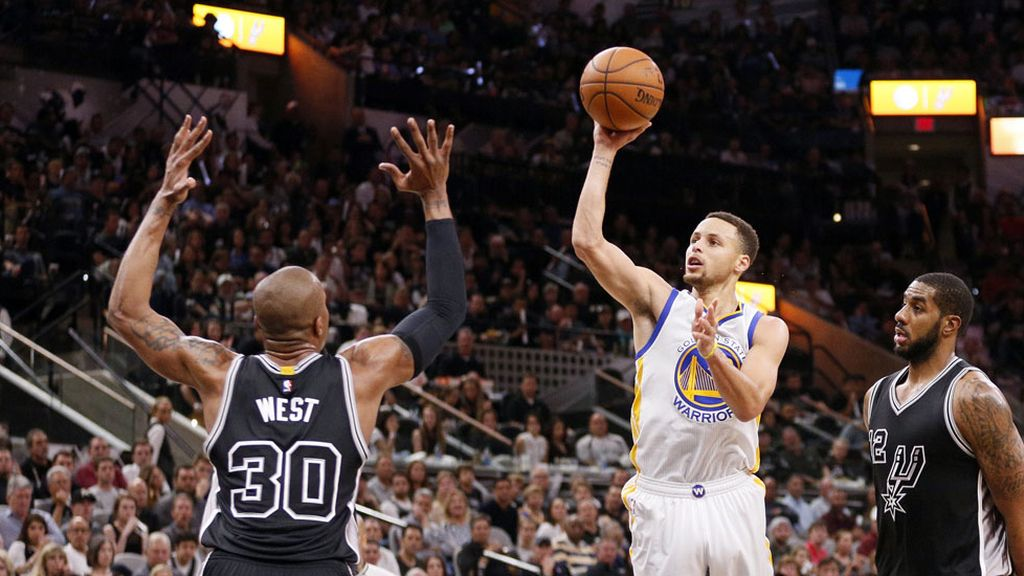 Los Warriors de Curry igualan a los Bulls de Jordan (11/04/2016)