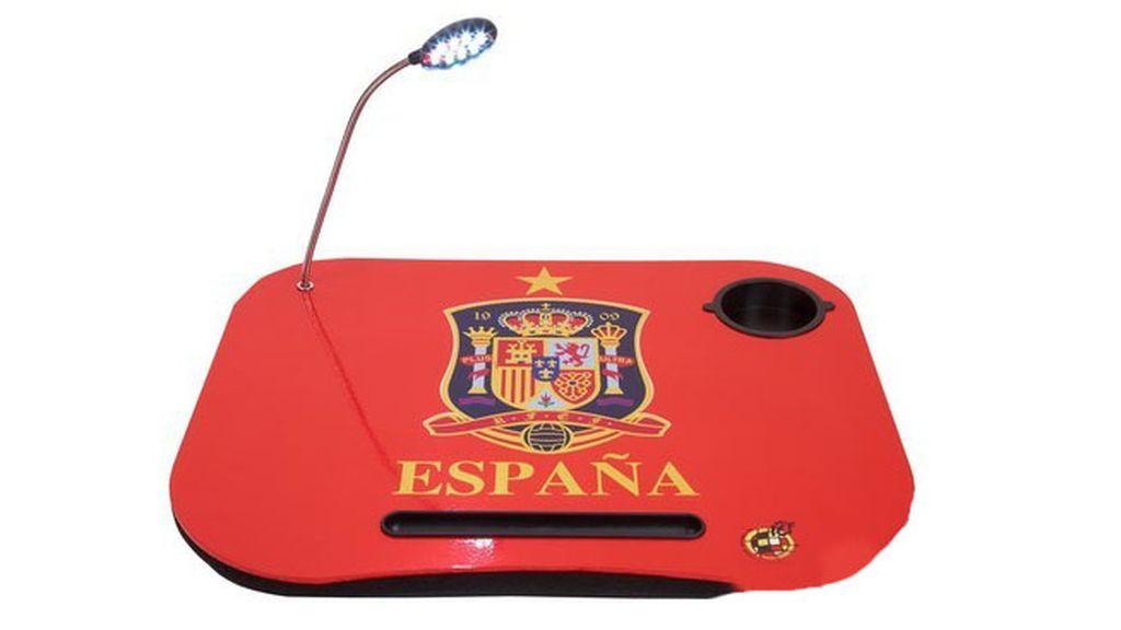 Mesa para ver los partidos de España en Mitele.es