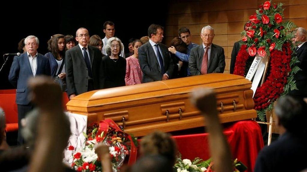 El último homenaje a Santiago Carrillo