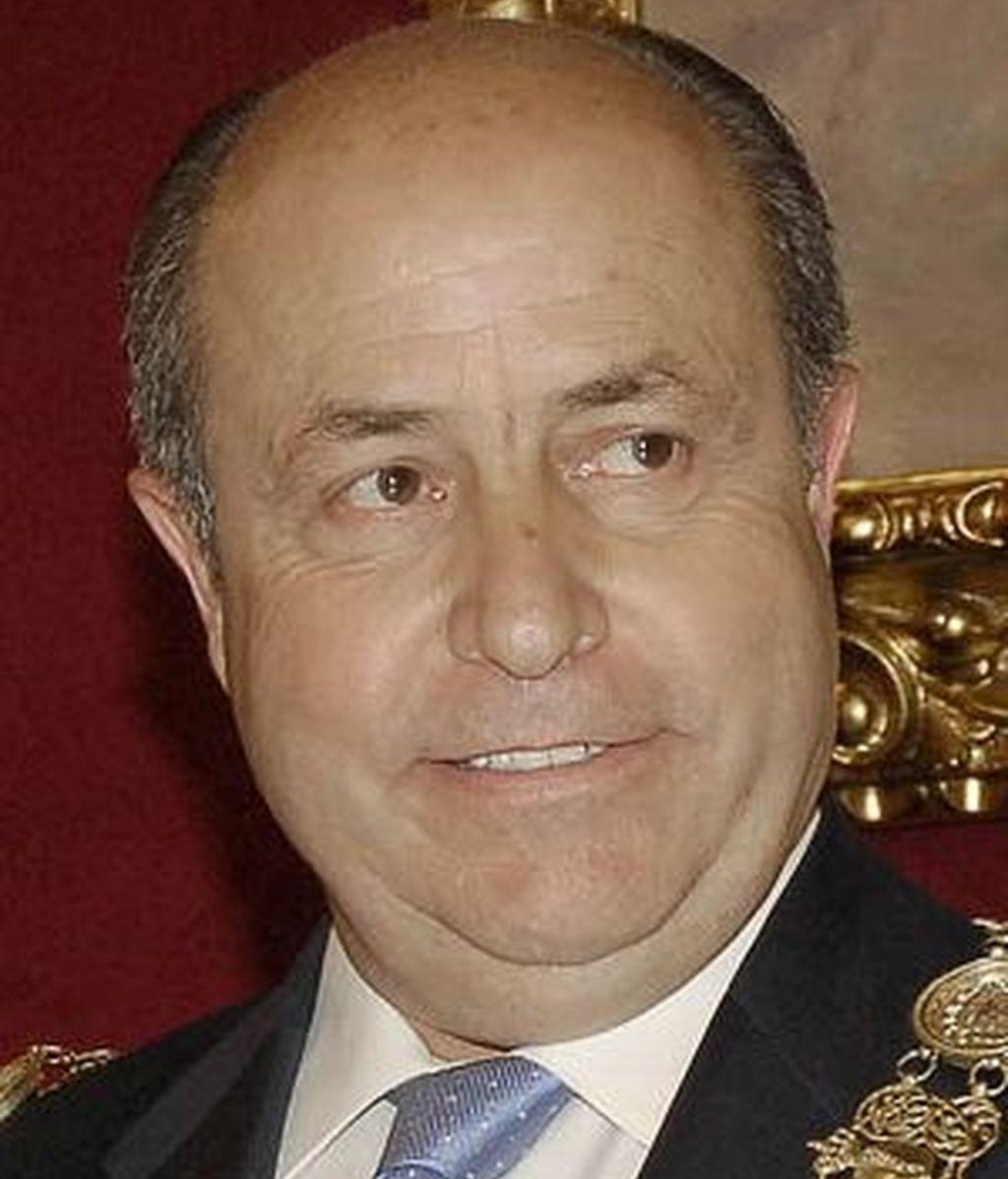 El alcalde de Granada ingresa en la UCI tras un infarto de cerebelo