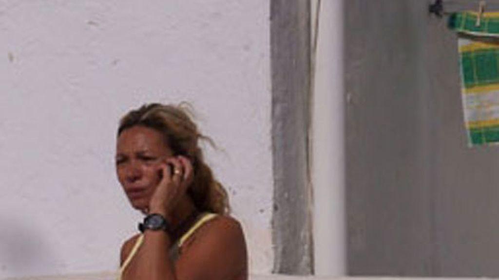Nikka Livi malvive en la calle