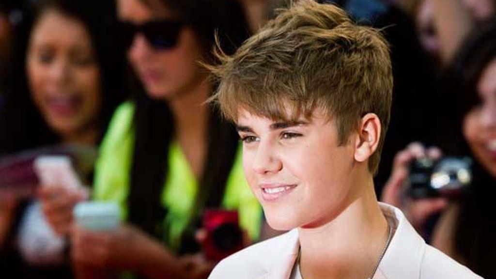 Bieber y Selena, sobre el escenario