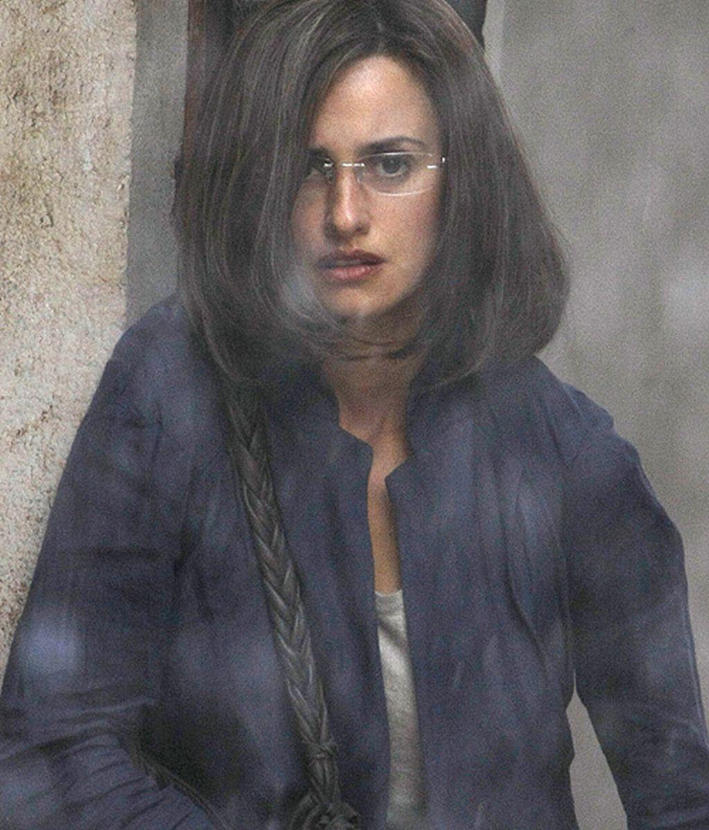 Penélope, tristeza bajo la lluvia en Sarajevo