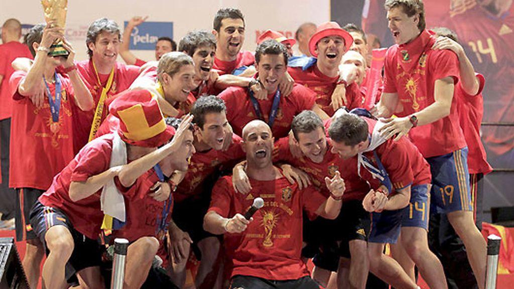La Roja sigue jugando en Telecinco. FOTO: Archivo.