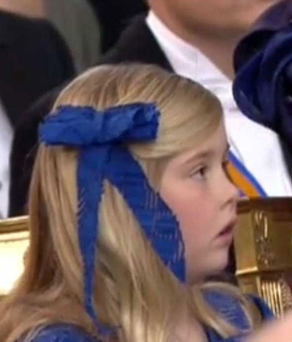 La hija mayor, la heredera, es ahora Catalina-Amalia (princesa de Orange)