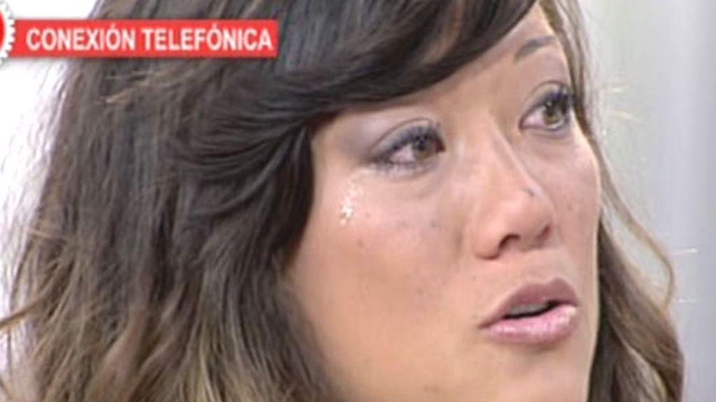 Déborah llora por su madre