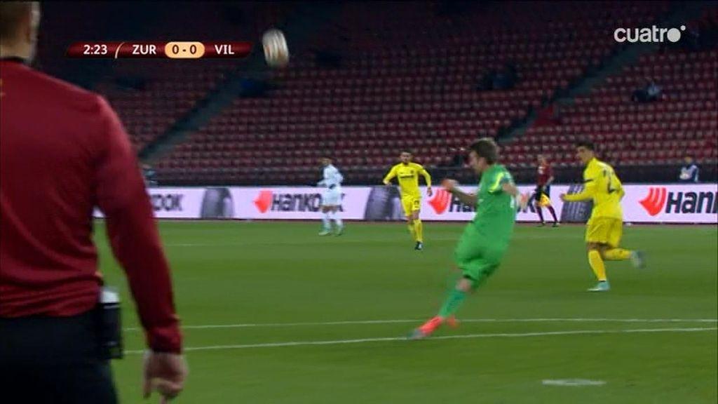 Las gradas del Letzigrund, desiertas en el partido de fase de grupos de la Europa League