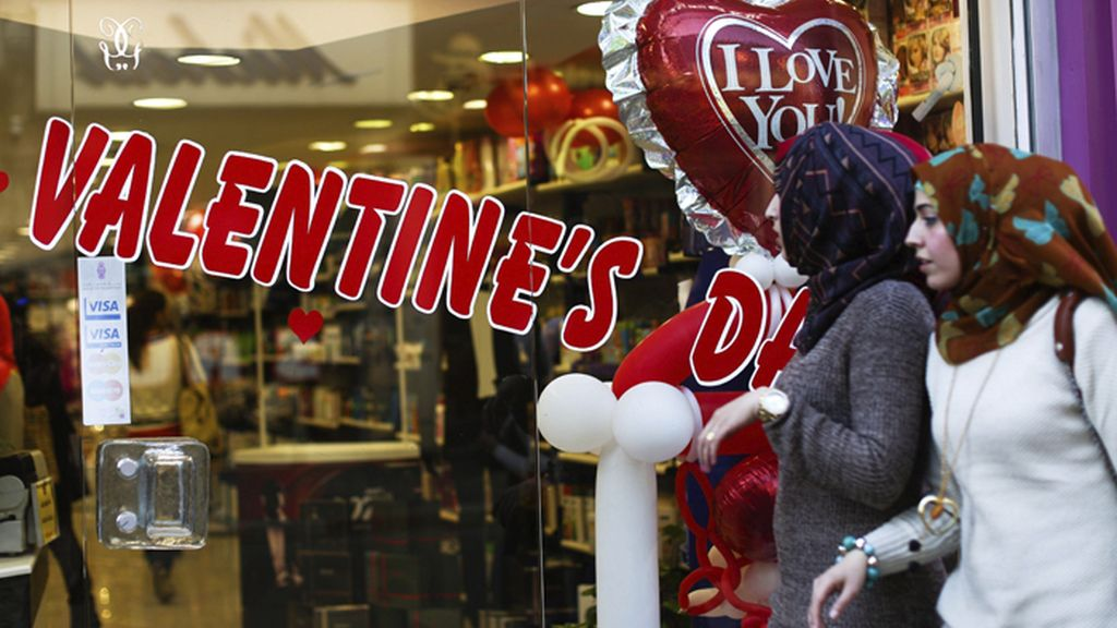 Los palestinos de Ramala celebran San Valentín