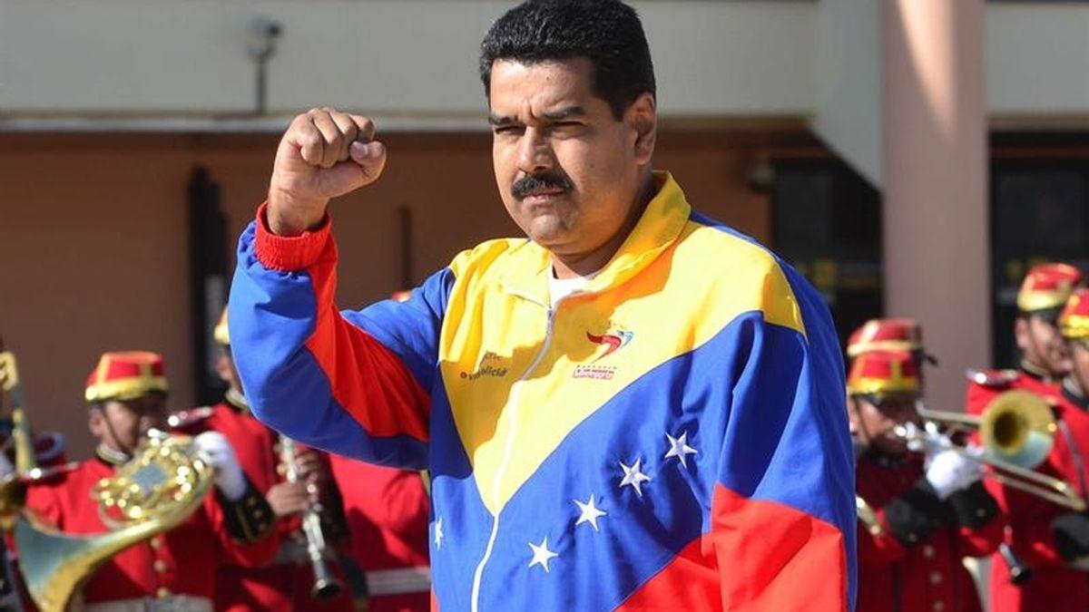 Maduro llega a Bolivia para analizar la crisis abierta por Europa al retener a Morales