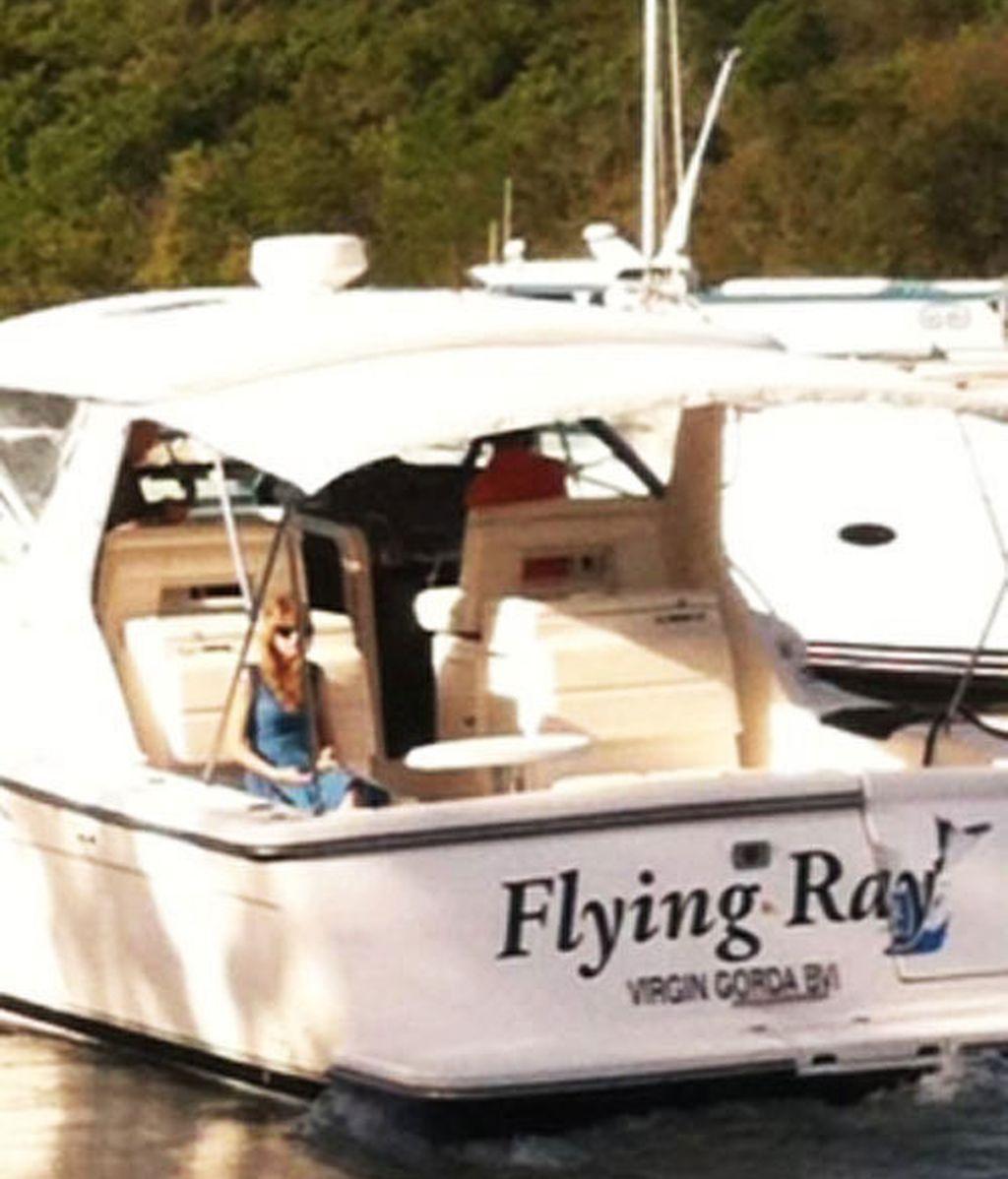 Taylor Swift regresa sola de sus vacaciones de el Caribe