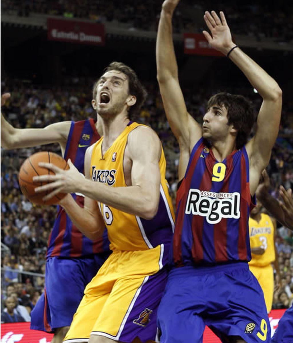 El Barcelona se impone a los Lakers