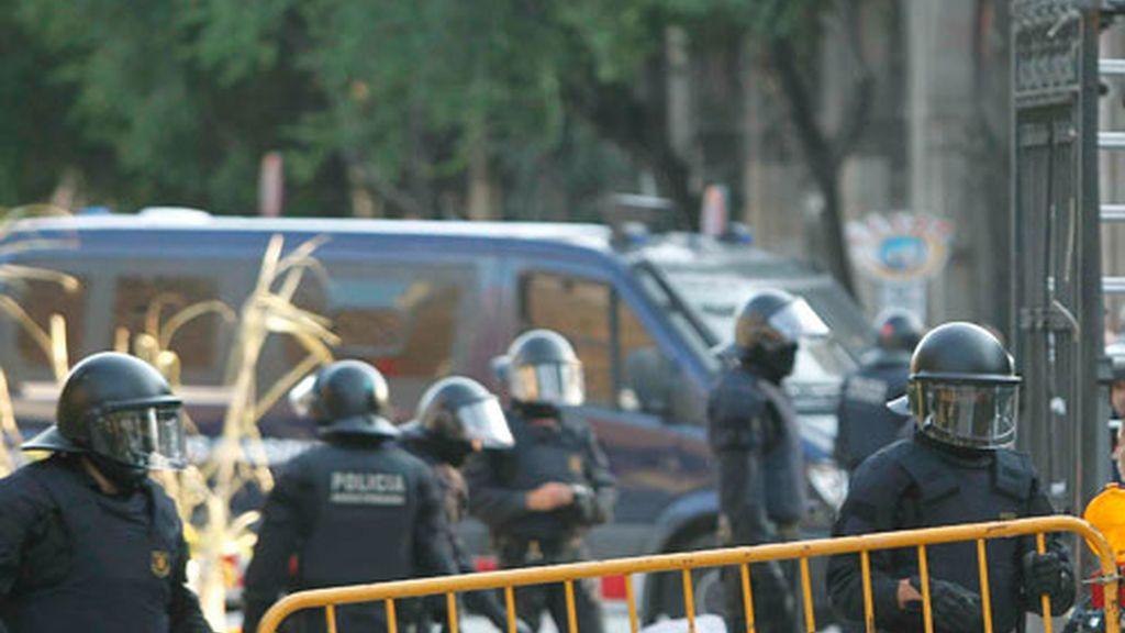 Los Mossos d'Esquadra reabren la mayoría de los accesos al parque de la Ciutadella